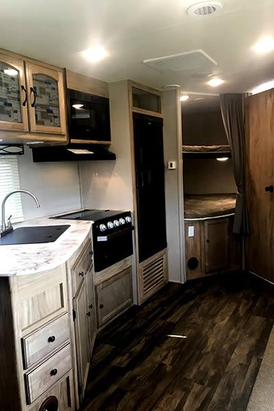 28ft-interior1-model-257