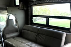 32ft-motorhome-31e-interior4