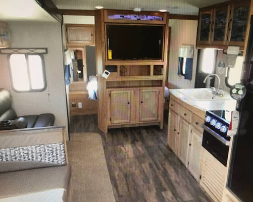 34ft-freedom-express-interior3